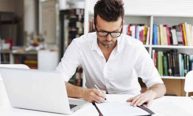 Man-Writing-Goals